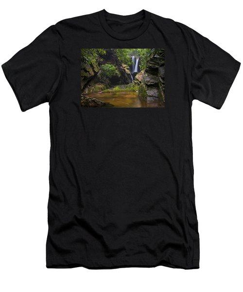 Dugger Falls Men's T-Shirt (Athletic Fit)