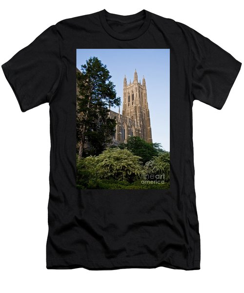 Duke Chapel Side View Men's T-Shirt (Athletic Fit)