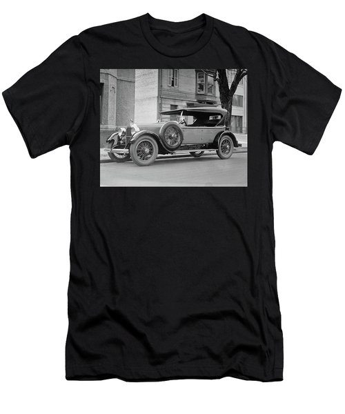 Dusenberg Car Circa 1923 Men's T-Shirt (Athletic Fit)