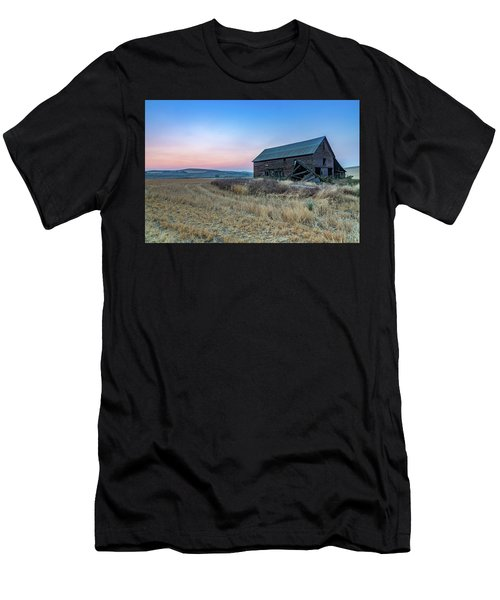 Dusk Setting On A Palouse Barn Men's T-Shirt (Athletic Fit)