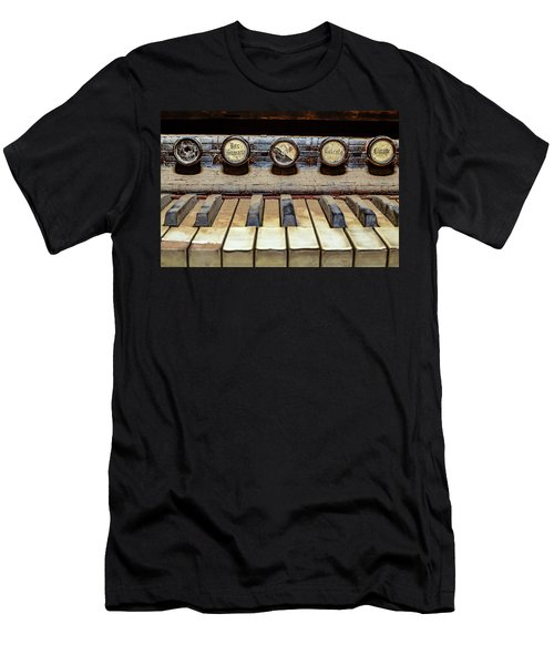 Dusty Old Keyboard Men's T-Shirt (Athletic Fit)