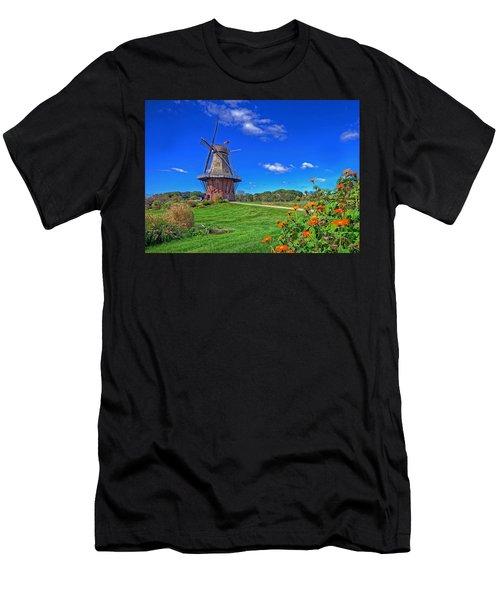 Dutch Windmill Men's T-Shirt (Athletic Fit)