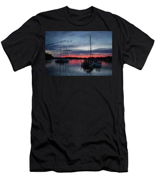 Eagles Cove Sunset Men's T-Shirt (Athletic Fit)