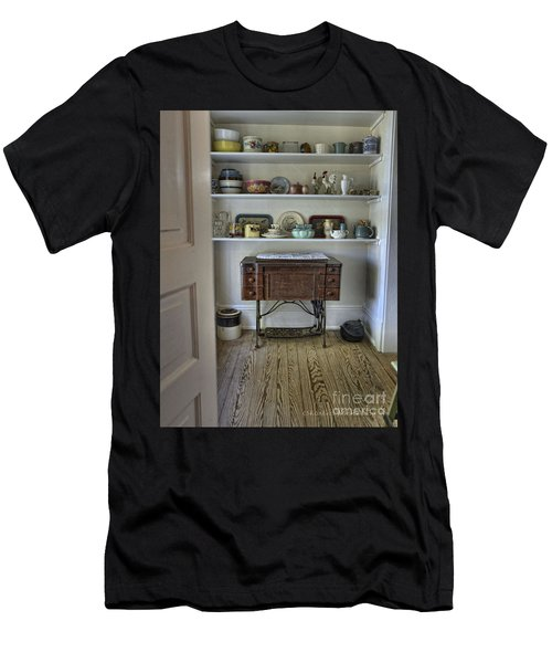 Early American Style Men's T-Shirt (Athletic Fit)
