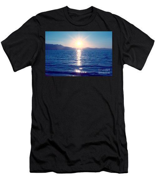 Early Sunset Men's T-Shirt (Athletic Fit)