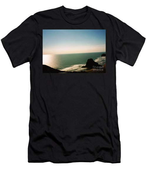 East Coastline In New Zealand Men's T-Shirt (Athletic Fit)