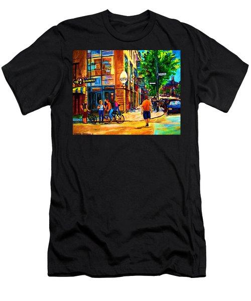 Eggspectation Cafe On Esplanade Men's T-Shirt (Slim Fit) by Carole Spandau