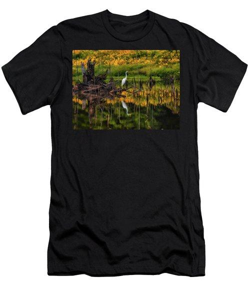 Egret Art  Men's T-Shirt (Athletic Fit)
