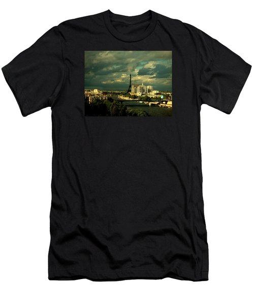 Eiffel Tower Paris France Men's T-Shirt (Athletic Fit)