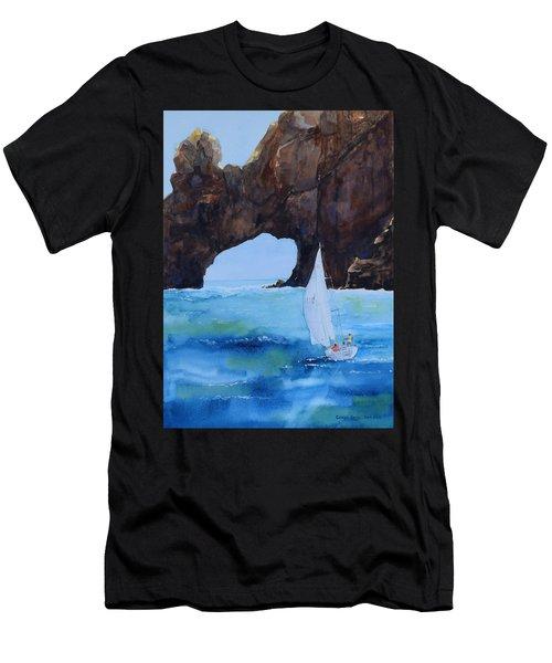 El Arco Men's T-Shirt (Athletic Fit)