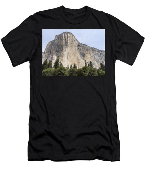 El Capitan Yosemite Valley Yosemite National Park Men's T-Shirt (Athletic Fit)