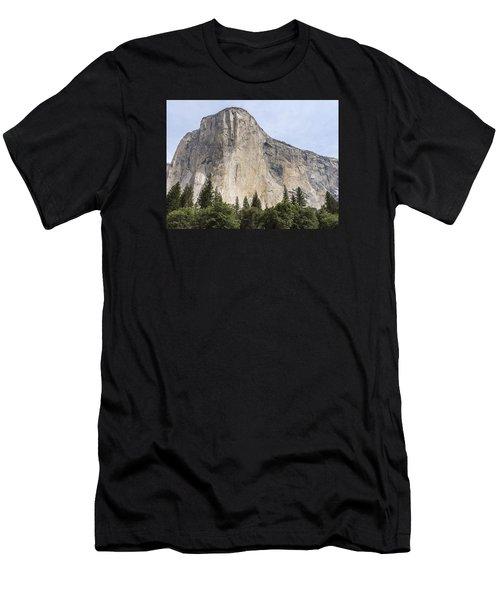 El Capitan Yosemite Valley Yosemite National Park Men's T-Shirt (Athletic Fit)