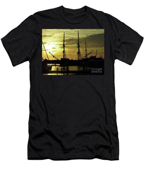 El Galeon Sunrise Men's T-Shirt (Athletic Fit)