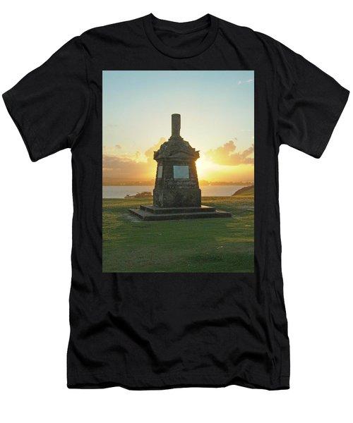 El Morro San Juan Puerto Rico Men's T-Shirt (Athletic Fit)