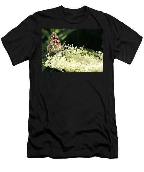 Elderflower And Butterfly Men's T-Shirt (Athletic Fit)