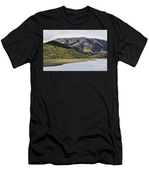 Elephant Hill Men's T-Shirt (Athletic Fit)