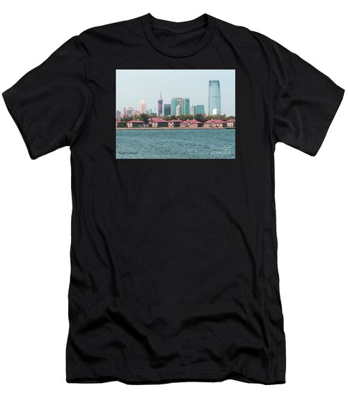 Ellis Island And Nyc Men's T-Shirt (Athletic Fit)