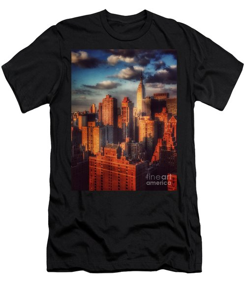 Empire State In Gold Men's T-Shirt (Athletic Fit)