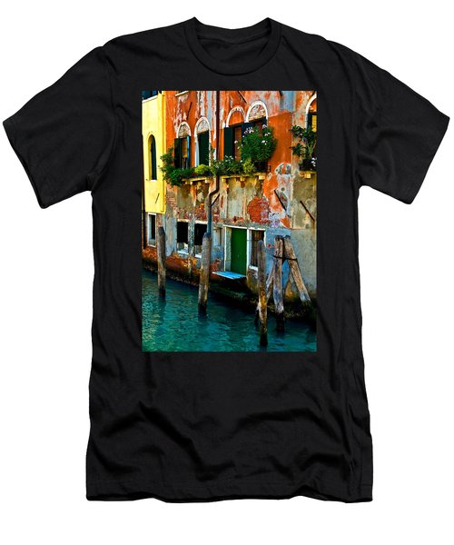 Empty Dock Men's T-Shirt (Slim Fit) by Harry Spitz