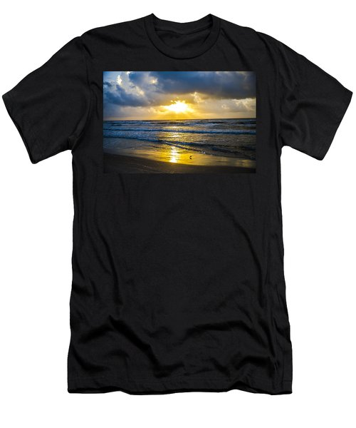 End Of The Season Padre 27 Men's T-Shirt (Athletic Fit)
