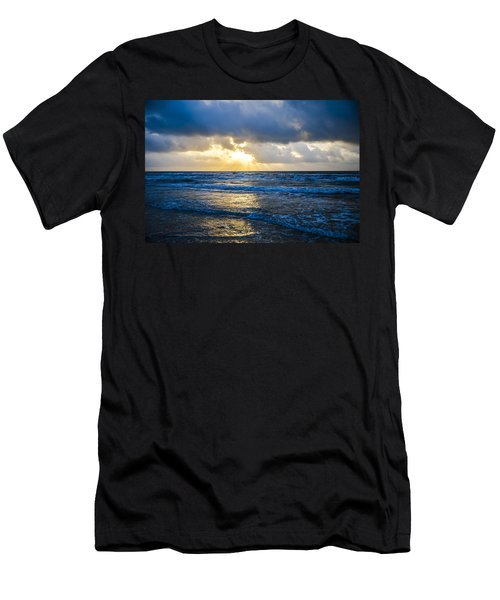 End Of The Season Padre 32 Men's T-Shirt (Athletic Fit)
