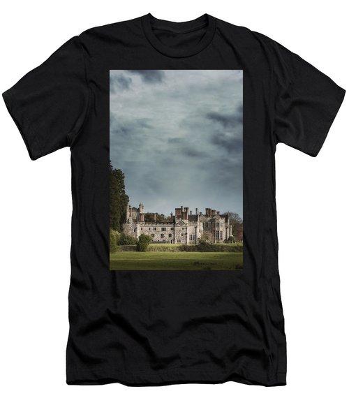 English Castle Men's T-Shirt (Athletic Fit)
