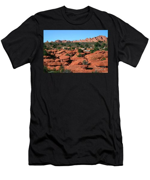 Entrada Sandstone Formations - Arches National Park Men's T-Shirt (Athletic Fit)