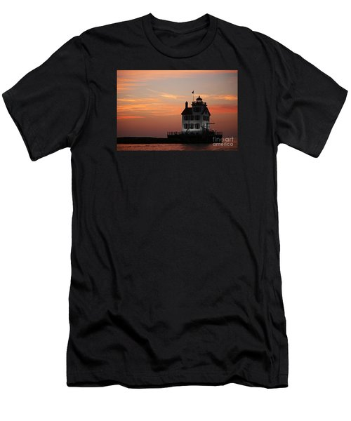 Evening Lighthouse 5 Men's T-Shirt (Athletic Fit)