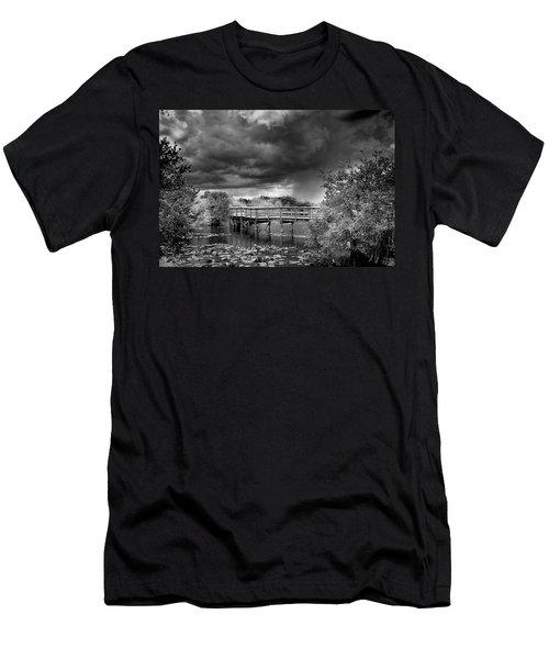 Everglades 0823bw Men's T-Shirt (Athletic Fit)