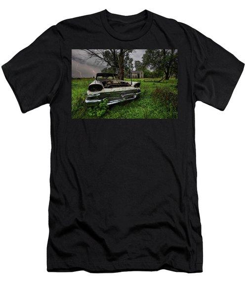 Evil Dead - Lightning Men's T-Shirt (Athletic Fit)