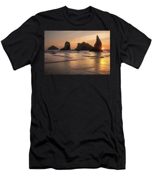 Face Rock Sunset Men's T-Shirt (Athletic Fit)
