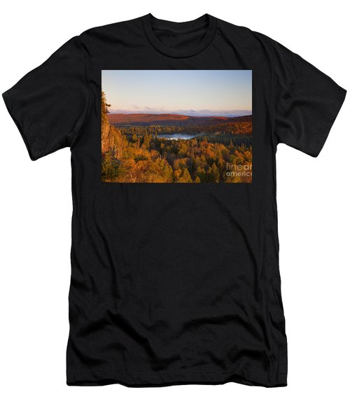 Fall Colors Orberg Mountain North Shore Minnesota Men's T-Shirt (Athletic Fit)