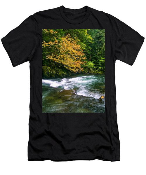Fall On The Clackamas River, Or Men's T-Shirt (Athletic Fit)