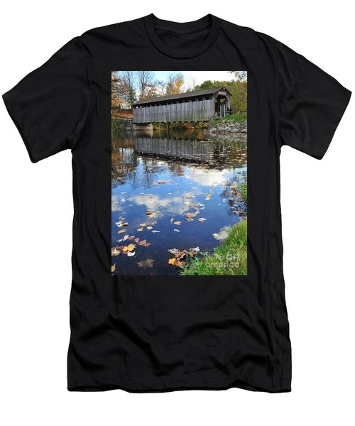 Fallasburg Covered Bridge 16 Men's T-Shirt (Athletic Fit)