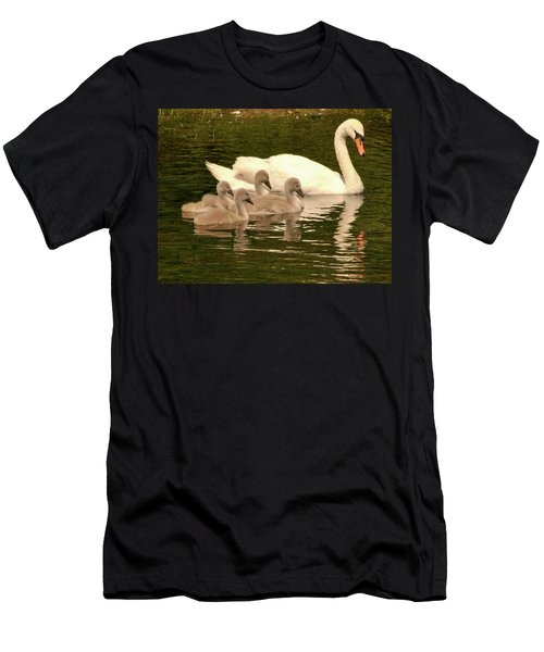 Family Swan  Men's T-Shirt (Athletic Fit)