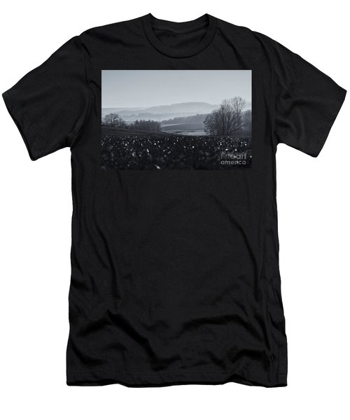Far Away, The Misty Mountains Cold Men's T-Shirt (Athletic Fit)
