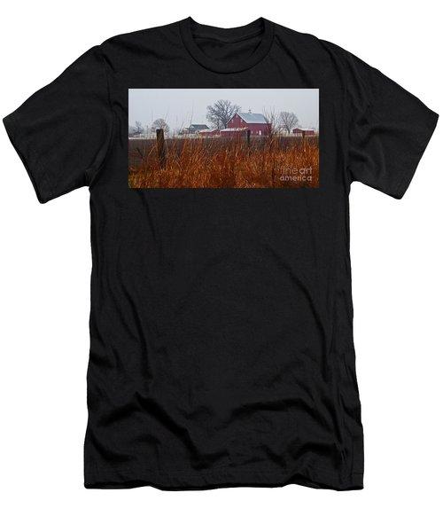 Farm House Men's T-Shirt (Athletic Fit)