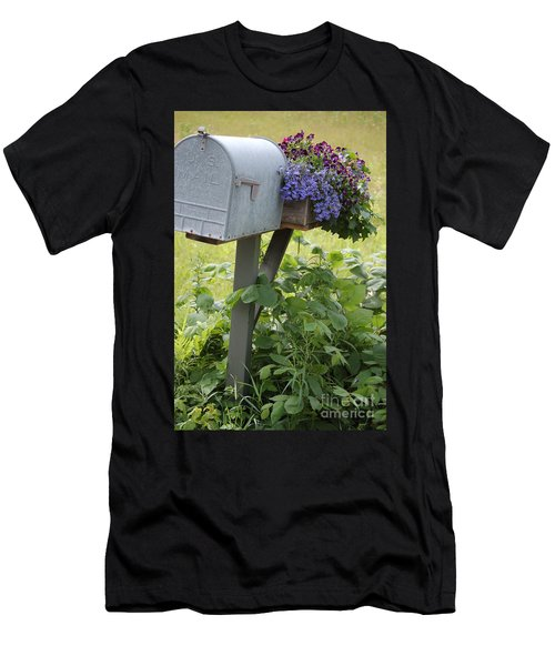 Farm's Mailbox Men's T-Shirt (Athletic Fit)
