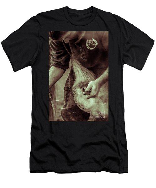 Farrier Hot Shoe Men's T-Shirt (Athletic Fit)