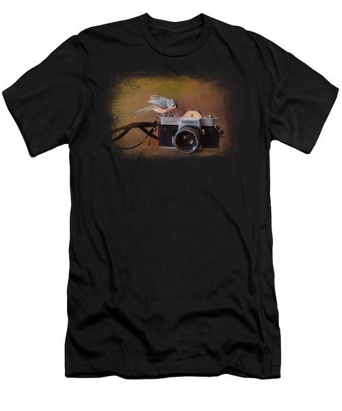 Feathered Photographer Men's T-Shirt (Athletic Fit)