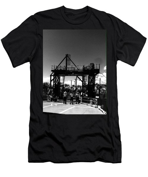 Ferry Workers Men's T-Shirt (Slim Fit)