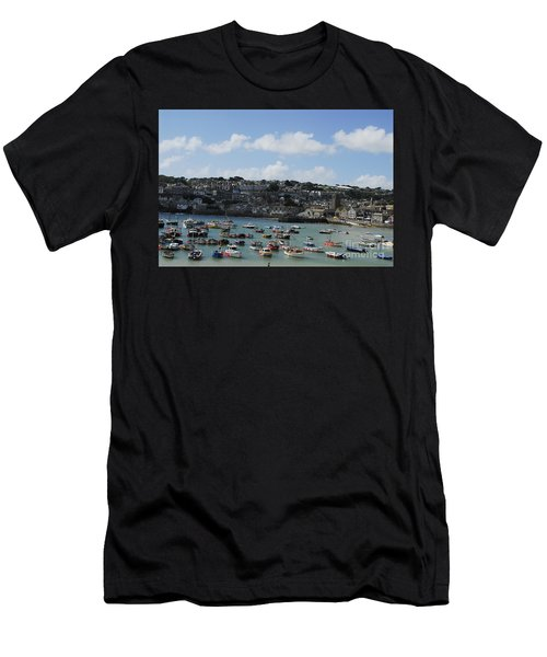Fine Art - St Ives Harbour Men's T-Shirt (Athletic Fit)