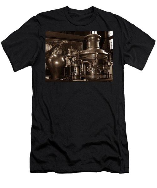 Fire Engine 1 Men's T-Shirt (Athletic Fit)