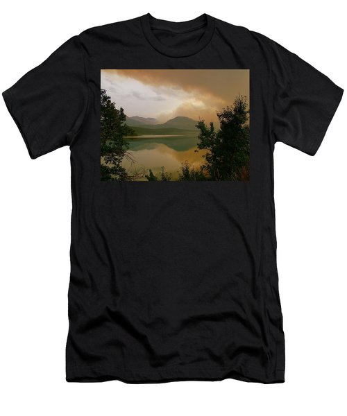 Fire Over St Mary Lake Men's T-Shirt (Athletic Fit)