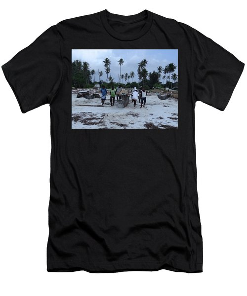 Fisherman Heading In From Their Days Catch At Sea With A Wooden Dhow Men's T-Shirt (Athletic Fit)