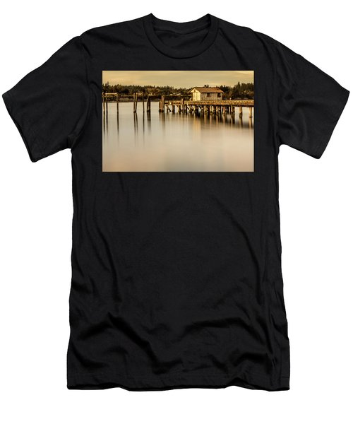 Fishermen Fuel Dock Men's T-Shirt (Athletic Fit)