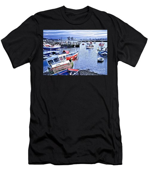 Fishing Boats At 'paddy's Hole' Men's T-Shirt (Athletic Fit)