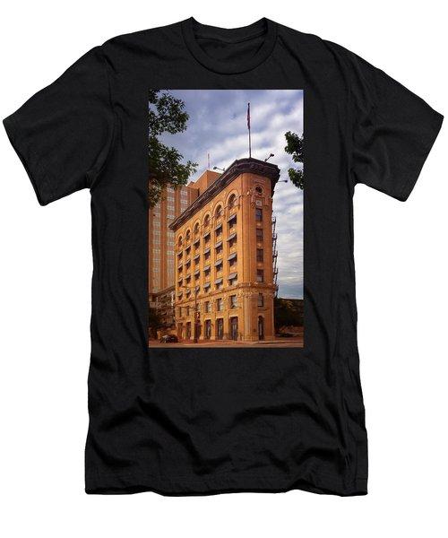 Flatiron Building Fort Worth Men's T-Shirt (Athletic Fit)