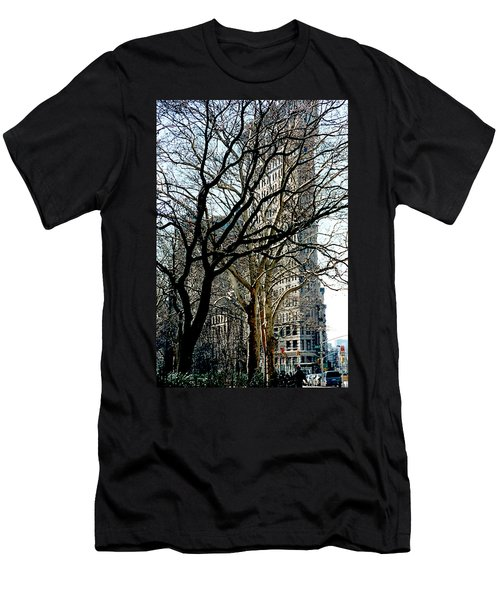 Flatiron Building Men's T-Shirt (Athletic Fit)