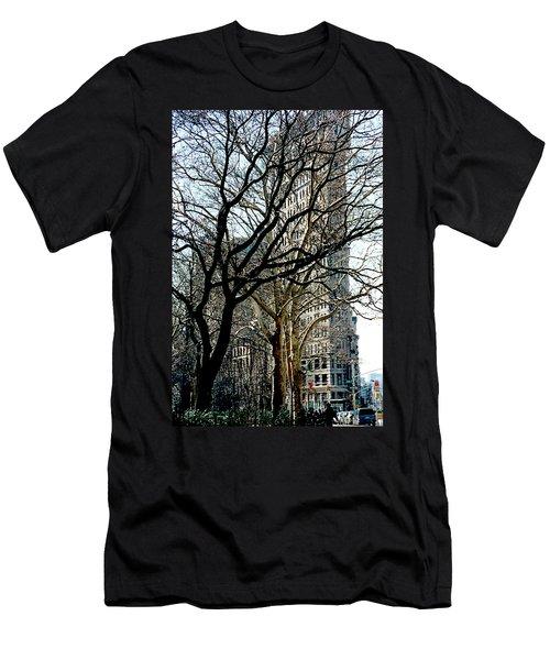 Flatiron Building Men's T-Shirt (Athletic Fit)